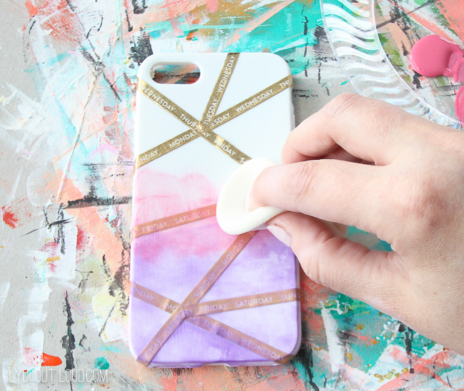 Gradient Painted Cell Phone Case Tutorial