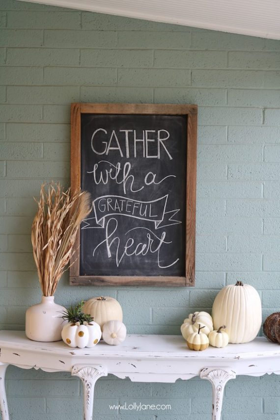 Gather with a Grateful Heart Printable Chalkboard Sign - Lolly Jane Blog