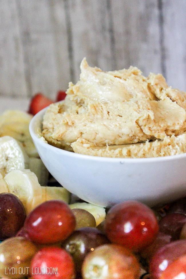 Fluffy Peanut Butter Fruit Dip