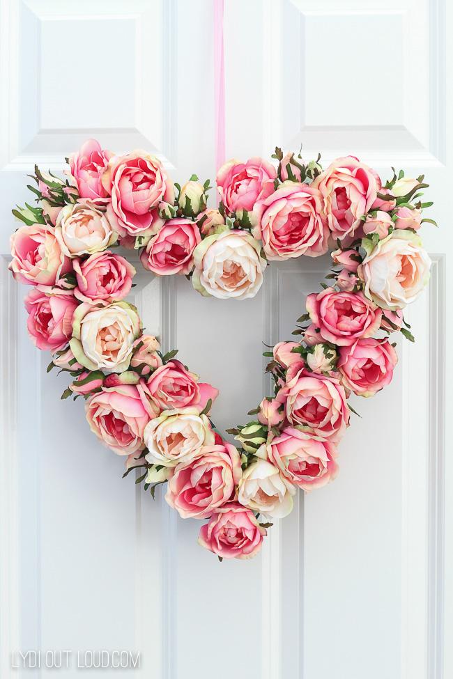 DIY Floral Valentine's Day Wreath