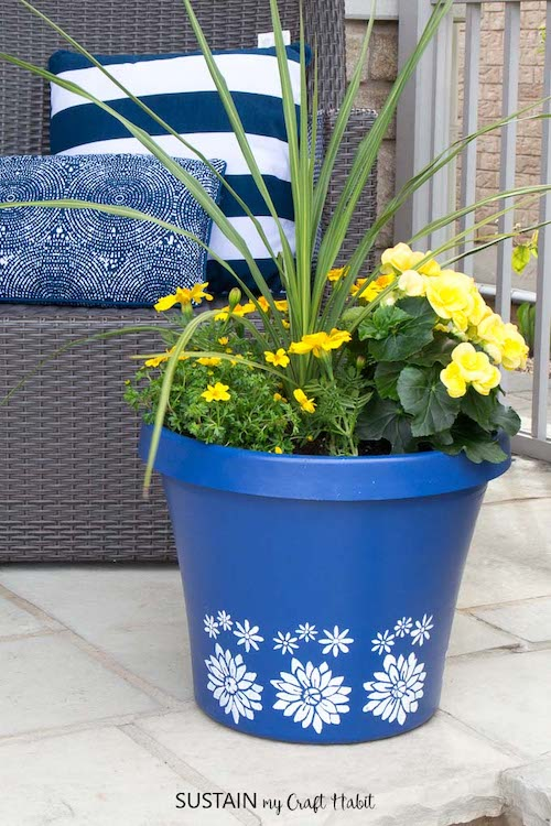 Stenciled Flower Planters