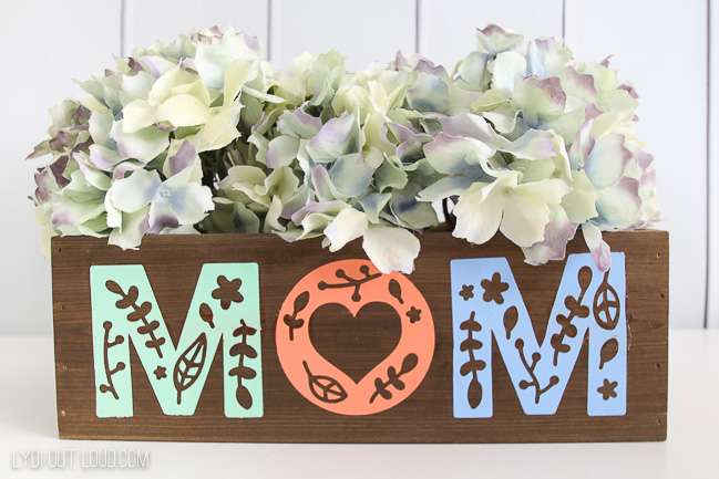 DIY Mother's Day Planter Box