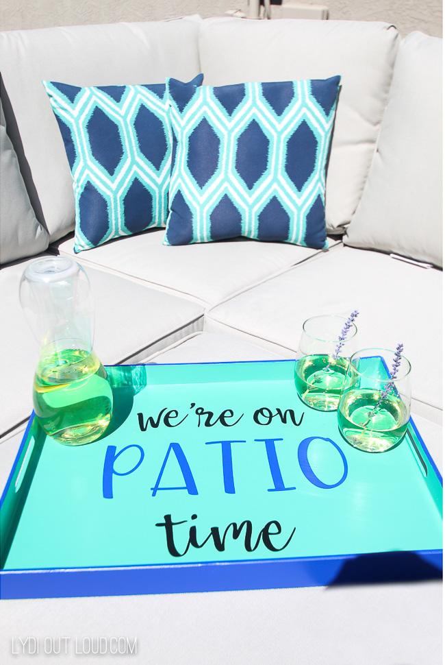 DIY Serving Tray - perfect for patio season!