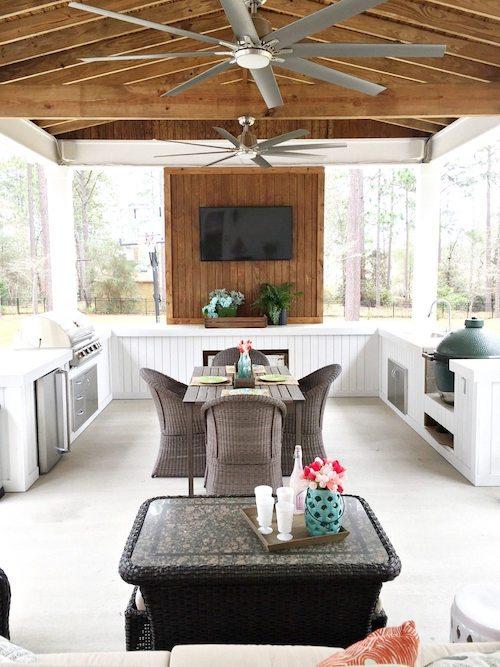 Farmhouse Porch Makeover - Refresh Restyle