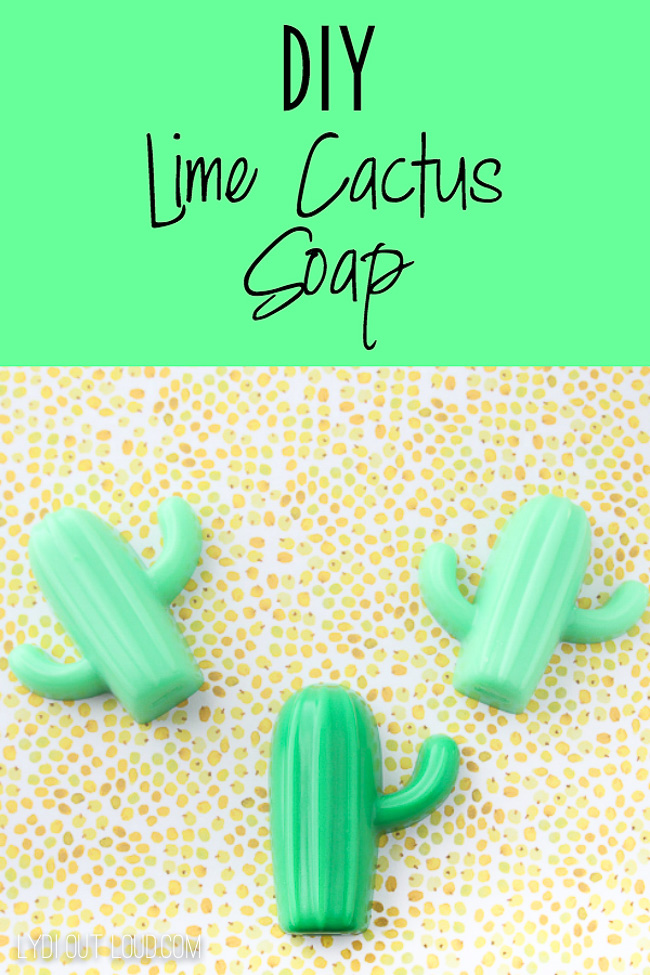 Lime scented melt and pour cactus soaps - such a cute and easy gift idea! via @lydioutloud