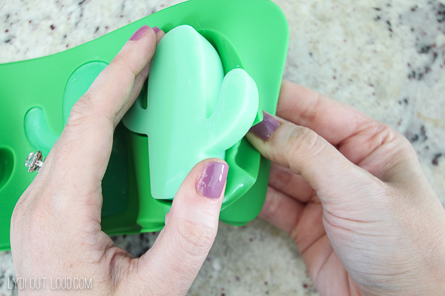 How to make cactus soaps with cactus silicone mold