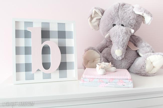 Nursery dresser decor