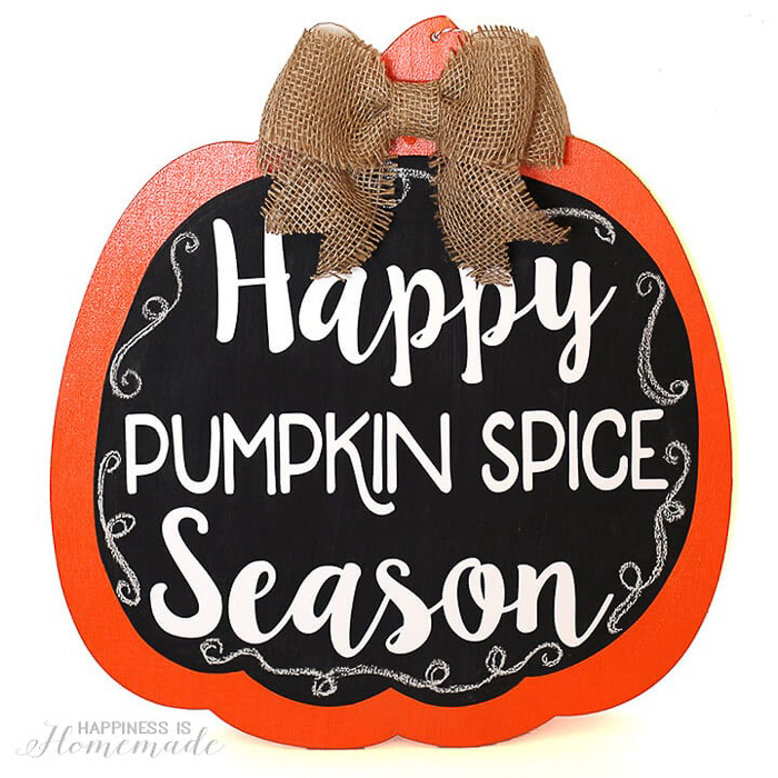 Happy Pumpkin Spice Season - fall decoration made with the Cricut - Happiness is Homemade