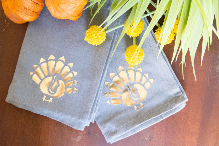 DIY Turkey Napkins - See Lindsay