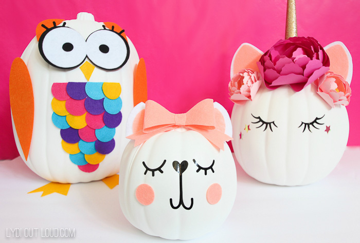 Cricut pumpkins decorated with felt and vinyl
