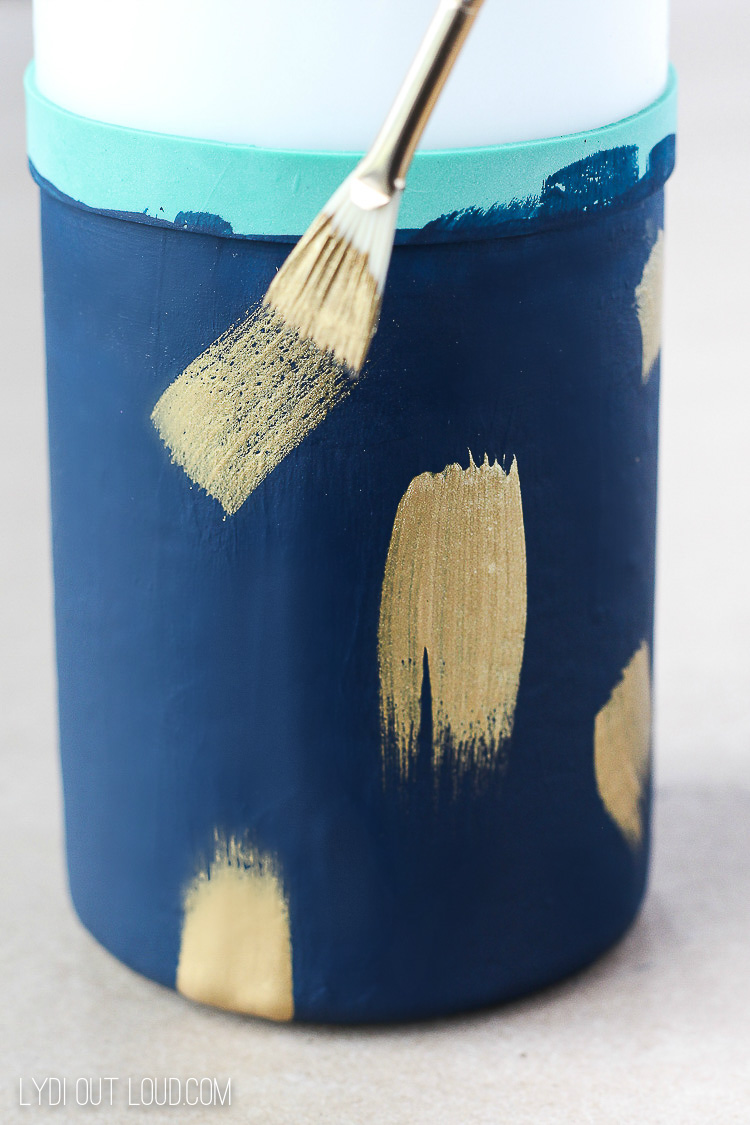 How to paint brushstrokes on candles