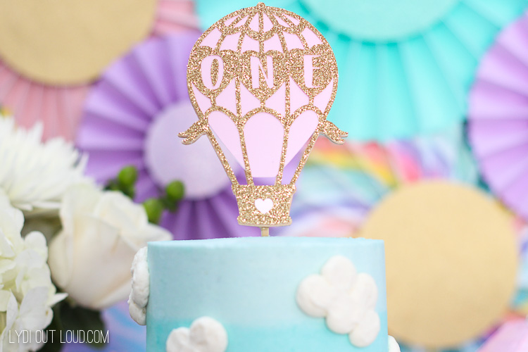 Hot air ballon cupcake or cake topper