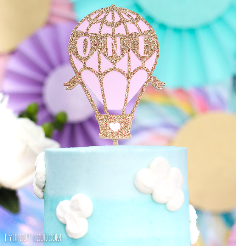DIY Hot Air Balloon Cake Topper