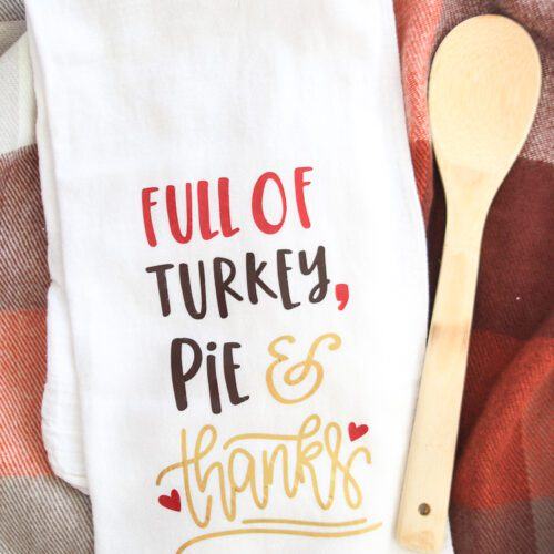DIY Thanksgiving Iron-on Kitchen Towel