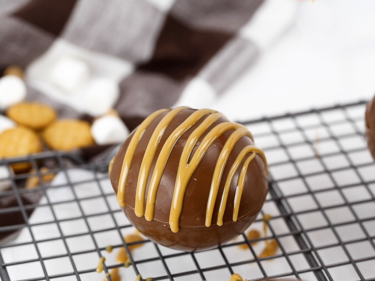 Peanut butter drizzle