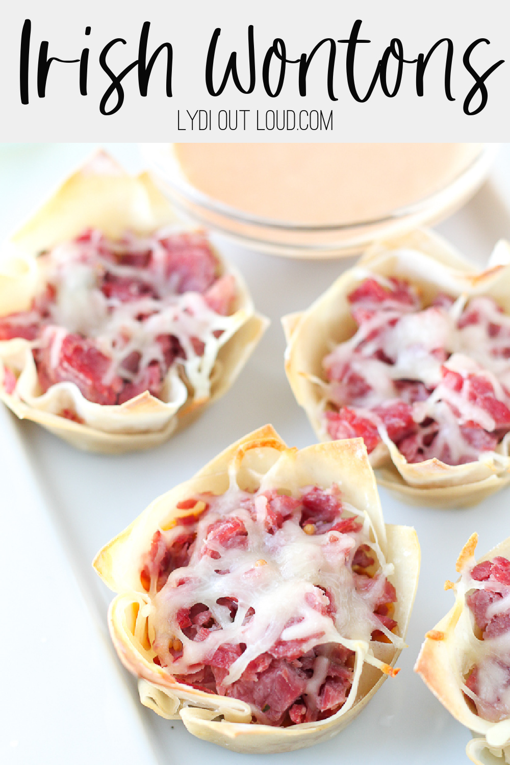 Corned Beef Wontons - perfect for St. Patrick's Day! via @lydioutloud
